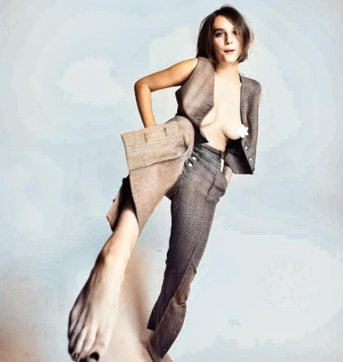 Майя Хоук фотография в деловом костюме