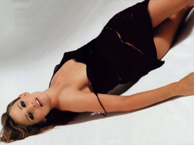 Дженнифер Гарнер фото в чёрном платье