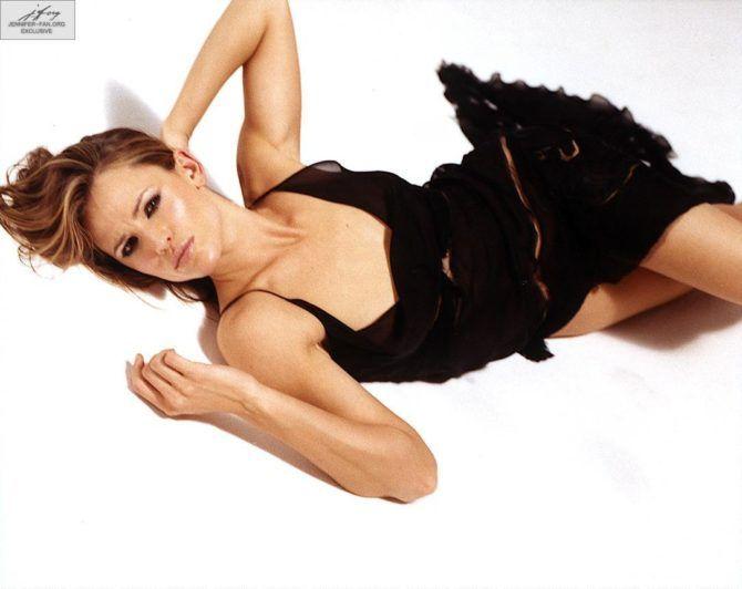 Дженнифер Гарнер фотография в лёгком платье