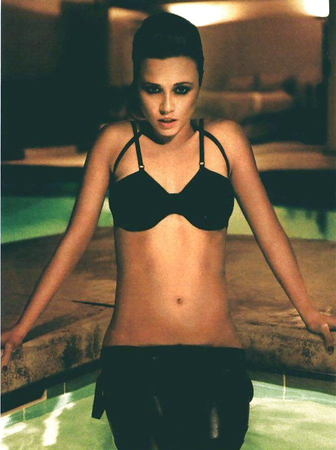 Линда Карделлини фото со страниц журнала