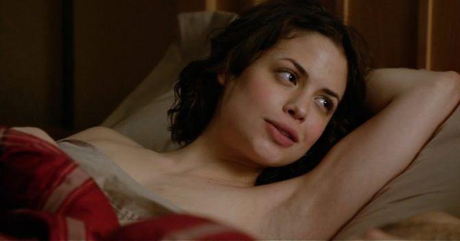 Конор Лесли фото из фильма в постели