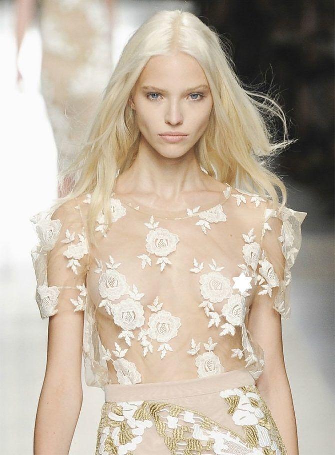Саша Лусс фото в прозрачном платье