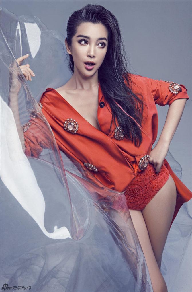 Ли Бинбин фотосессия в красном костюме