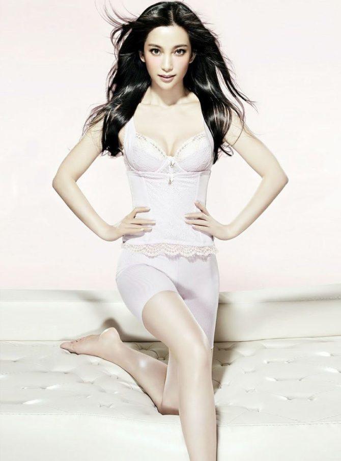 Ли Бинбин фото в белом белье