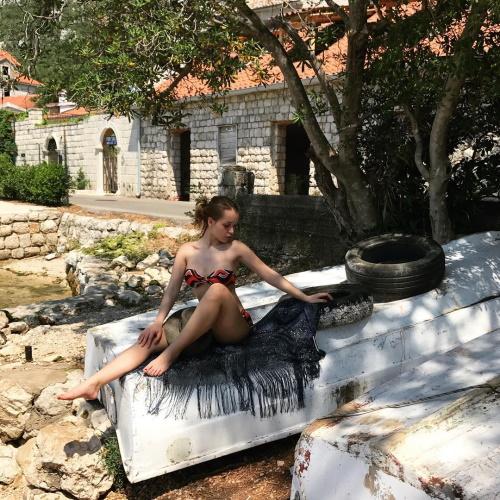 василина юсковец фото в купальнике