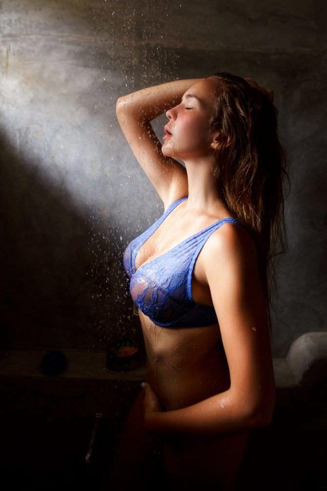 маша маева горячие фото купальник просвечивает